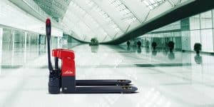 Introducing the New Linde MTI5 Pallet Truck